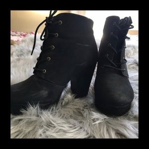 Shoes - Guc sm forever Camille lace up booties